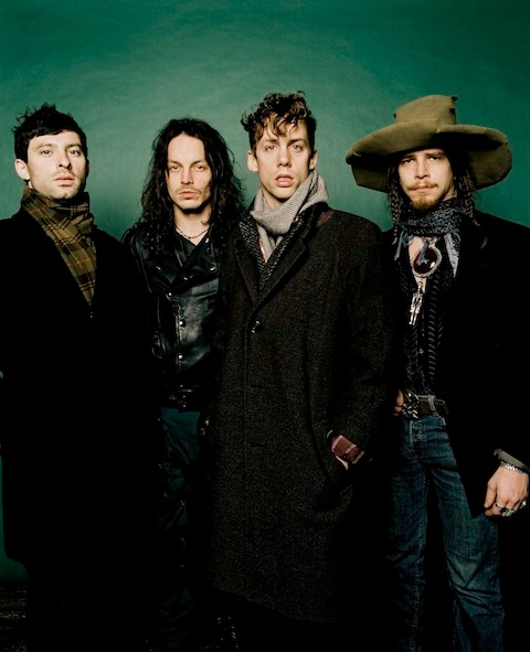 Razorlight Reveal Details About New Line-Up - Razorlight confirmed that original members Bjorn Agren and Carl Dalemo had left the band after a new press photo emerged online with them missing. In a statement, the group said the guitarist and bassist had agreed on an �amicable parting� following unproductive recording sessions for their new album. Their departure means singer Johnny Borrell is now the only original member of the band remaining. Drummer Andy Burrows quit in 2008.