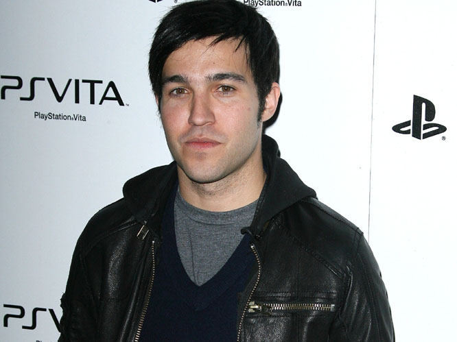 Pete Wentz worked hard to garner support for Obama's original campaign and shows no sign of slacking now that it's time for reelection. He appeared at an Obama For America rally a few weeks ago, and is going to launch a door-to-door canvassing effort in Bay Village. Not bad.