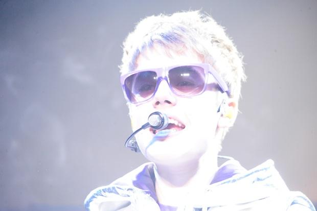 justin bieber liverpool 2011. Justin Bieber Fan In Hospital