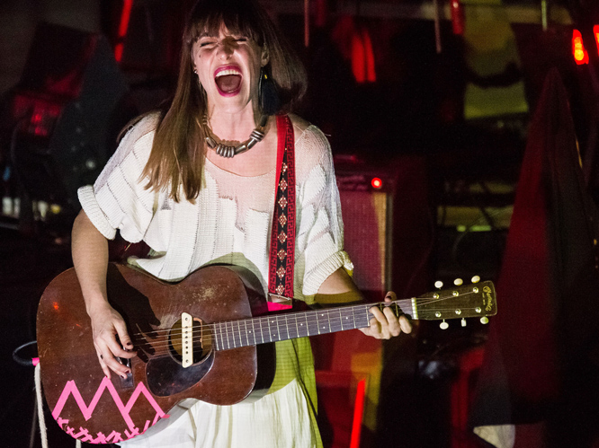 Feist: Aside from her work with Broken Social Scene, it was Feist''s 2007 single ''1234'' the pushed the Canadian artist into the music mainstream.