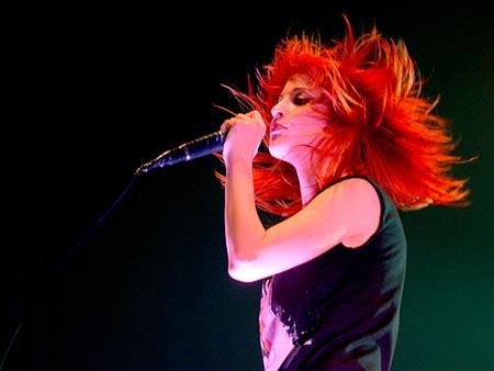 Paramore 01 Lirik dan Chord Paramore   Misery Business