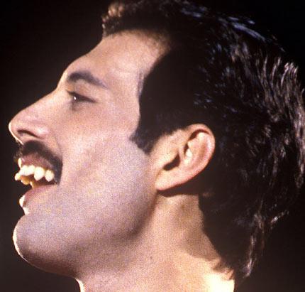 The Worst Teeth In Music!   Gigwise