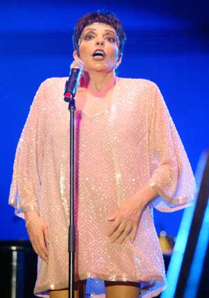 Liza Minelli – The singer who was set to have a her first British concert tour in two decades got off to a terrible start after immigration tried to hold her back from entering the country due to an incorrect work permit. She was granted entry only hours before her first scheduled performance.