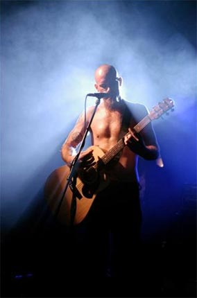 Nick Oliveri – The former Queens of the Stone Age man used to strip live onstage during his time in the band. Since he was (allegedly) ejected from the band by Josh Homme, we're now more accustomed with seeing him fully clothed.