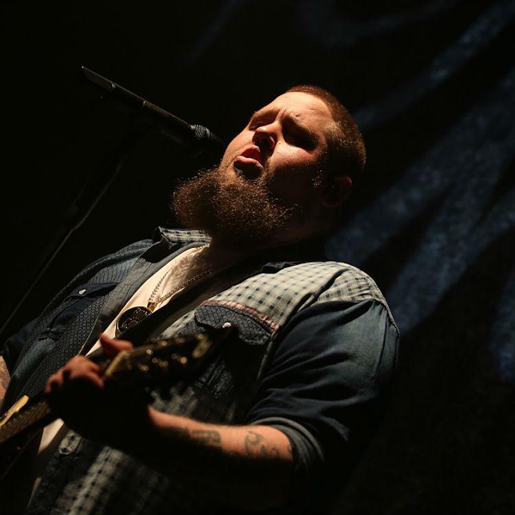 Live Review: Rag'n'Bone Man at Shepherd's Bush Empire, London, 19/04/17