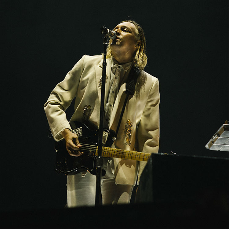 Arcade Fire tour hits Nos Alive 2016 - see photos, review, setlist her