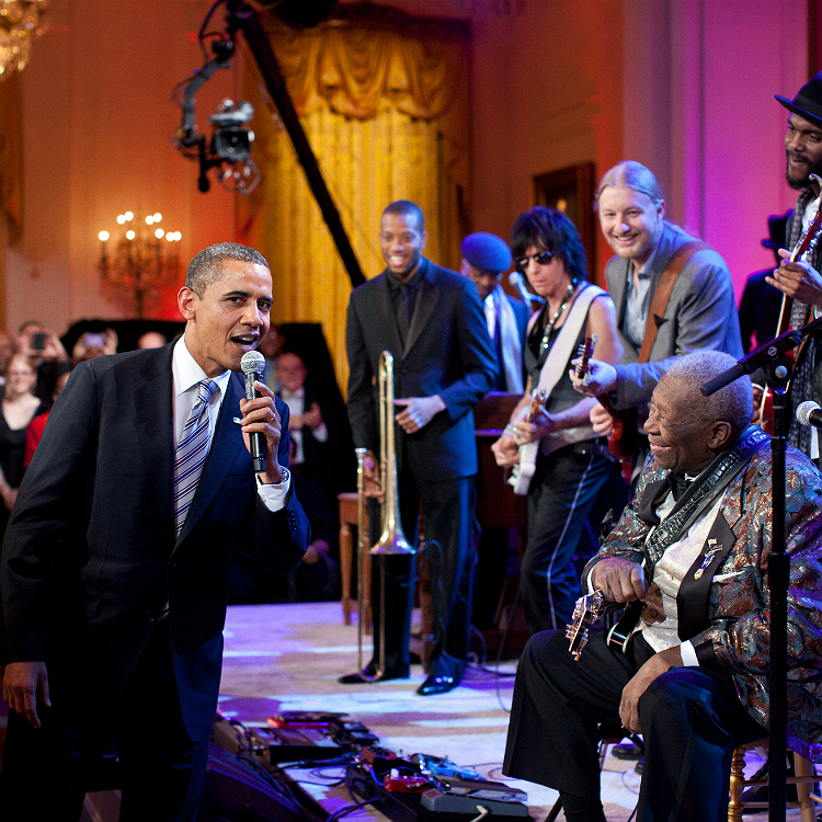 Barack Obama music, sweet home chicago, coldplay, amazing grace