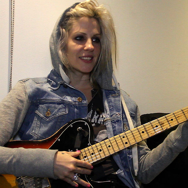 brody dalle talks pregnancy and 39 meet the foetus 39 gigwise. Black Bedroom Furniture Sets. Home Design Ideas