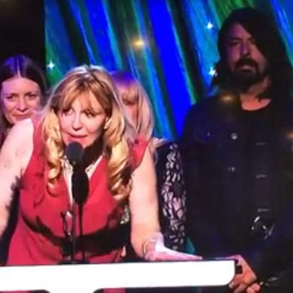 Watch: Courtney Love hugs Dave Grohl, pays tribute to Kurt Cobain