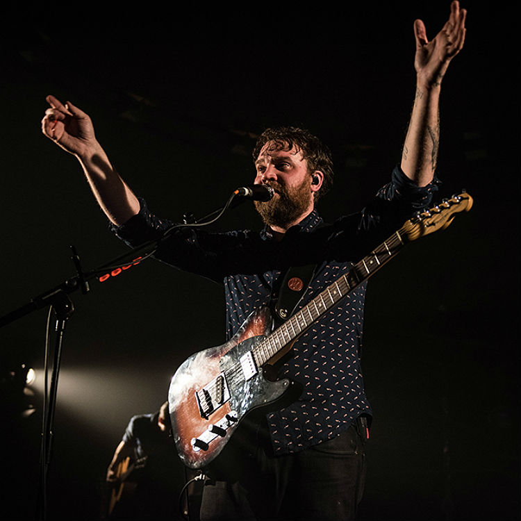 Frightened Rabbit Scott Hutchison reviews new music - Radiohead, Blink