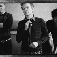 Sum 41 Pull Out Of UK Tour With New Found Glory