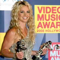 Britney spears gets naked for womanizer video gigwise