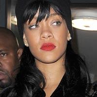 Rihanna calls tabloid a 'baggy a*s condom'