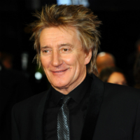 Rod Stewart dedicates song to daughter he gave up for adoption