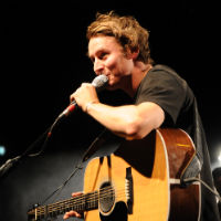 Ben Howard covers 'Call Me Maybe' on Radio 1 - watch