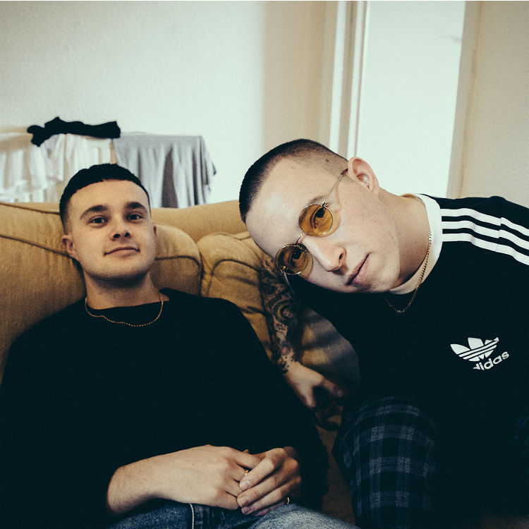 Watch Slaves perform The Hunter Live at the Great Escape