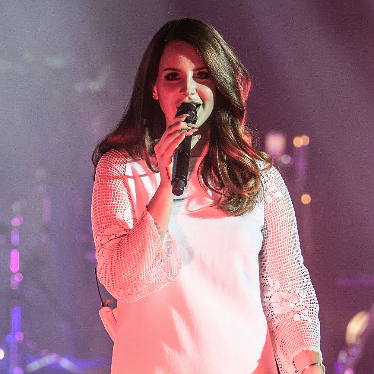 Lana Del Rey performs Jessica Rabbit track on new tour