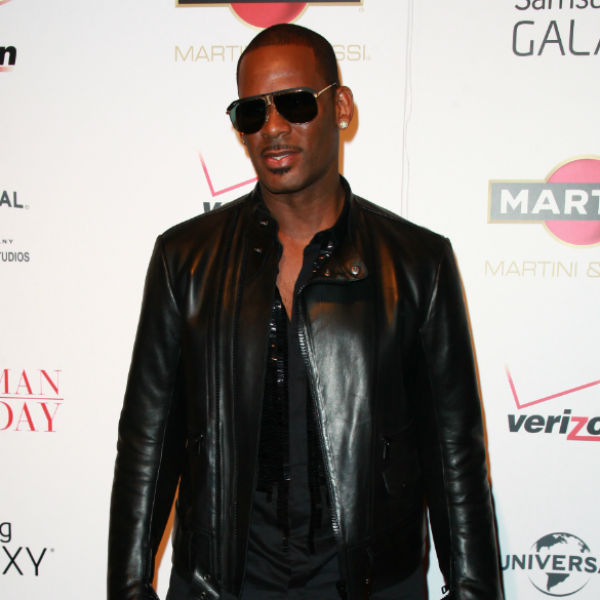 R.Kelly planning to sleaze up Christmas with sex-themed festive album