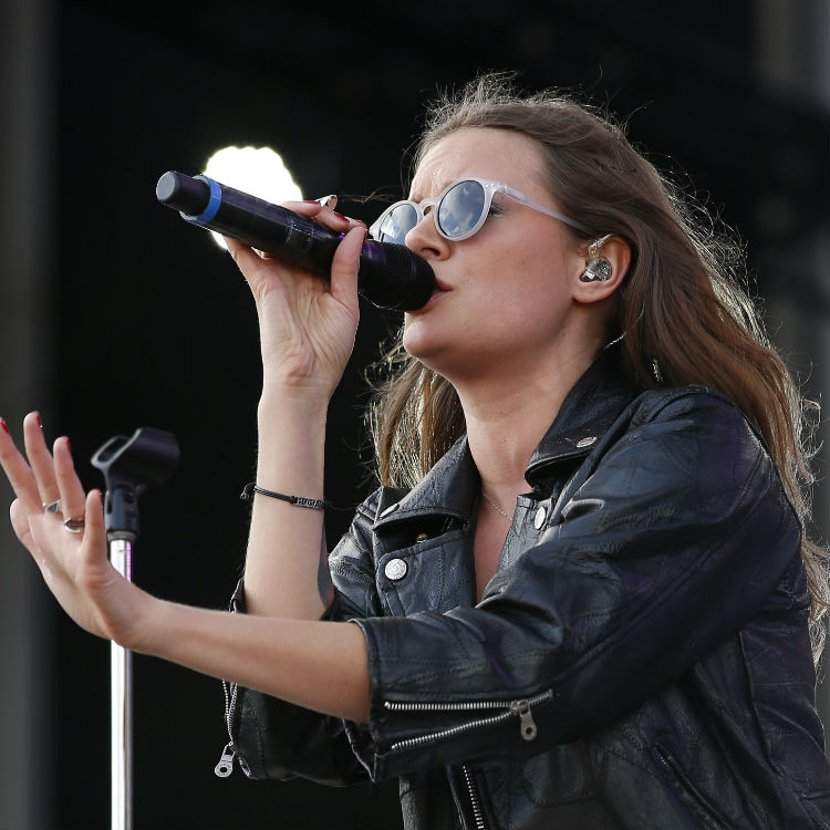 Tove Lo Gets Naked and Flashes Crowd at Las Vegas Concert