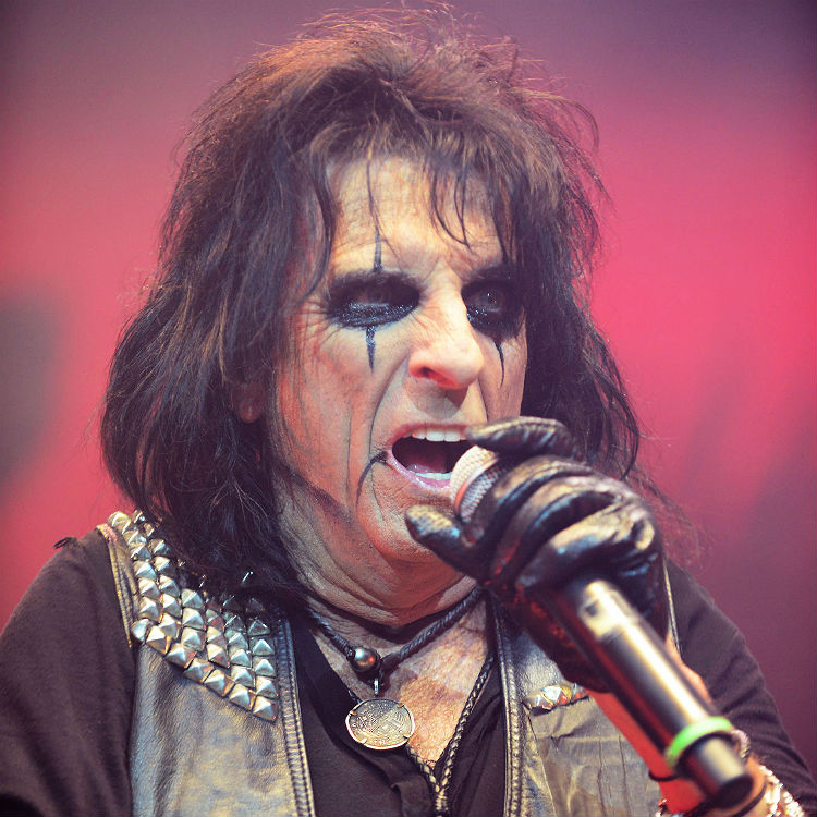 Alice Cooper new album paranormal for release in July