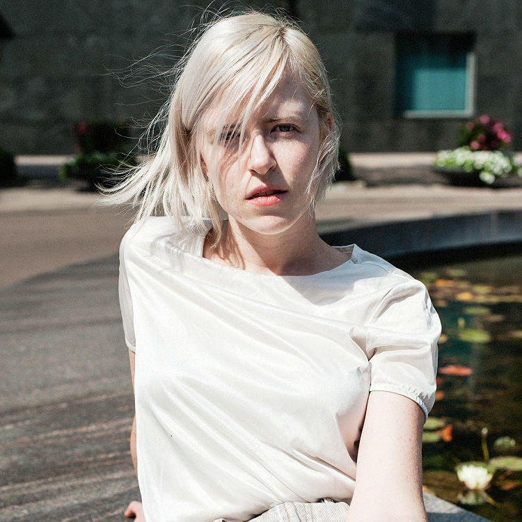 Amber Arcades - Turning Light, Fading Lines influence playlist - tour