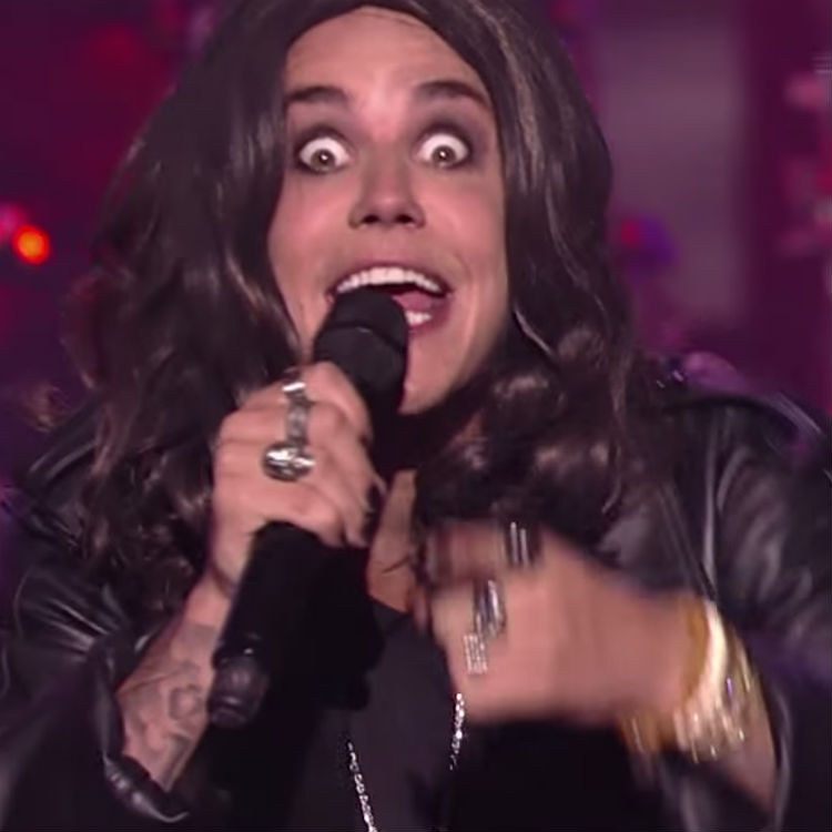 Watch Justin Bieber Lip Sync To Crazy Train, Dressed As