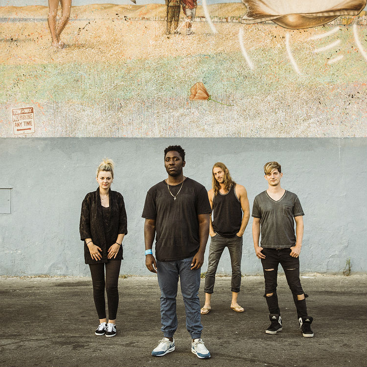 Bloc Party have unveiled the official video to 'Stunt Queen'