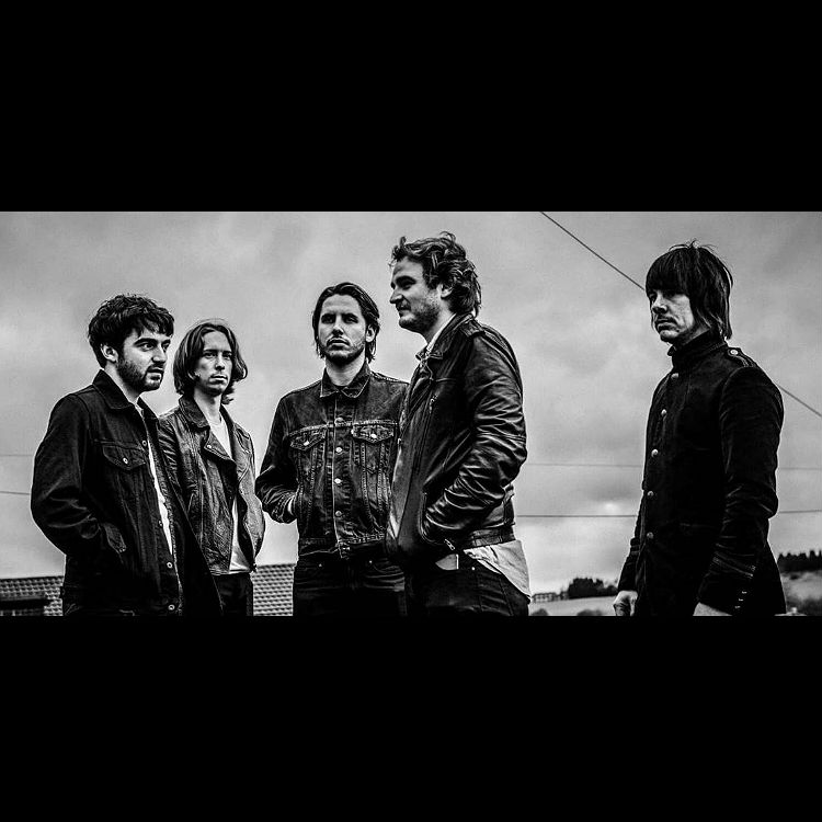 Heavy suns new single hide premiere barnsley band Heavy Suns