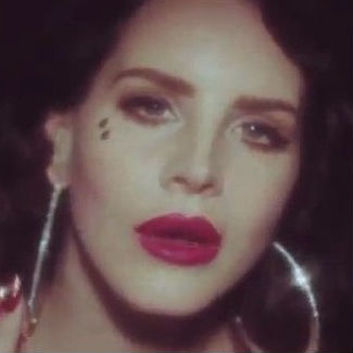 Watch Lana Del Rey Premieres Young And Beautiful Video Gigwise