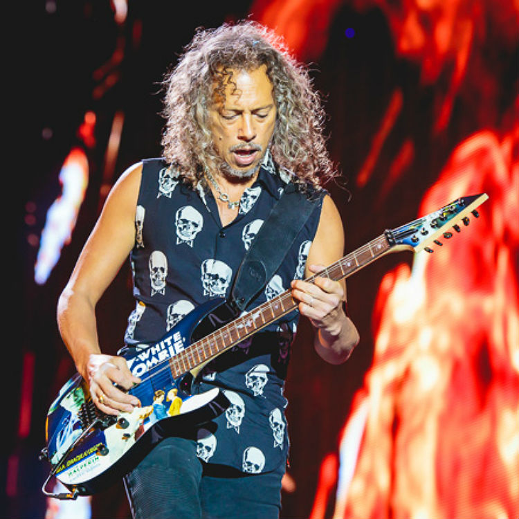 Man appears in court for urinating on family at Metallica gig