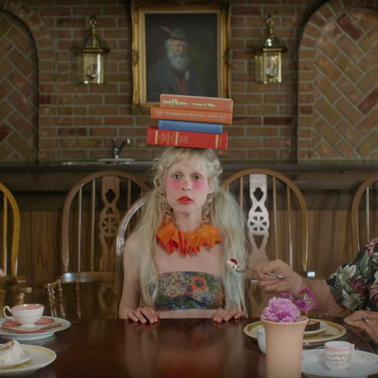 Petite Meller reveals new video for Barbaric, will play Community