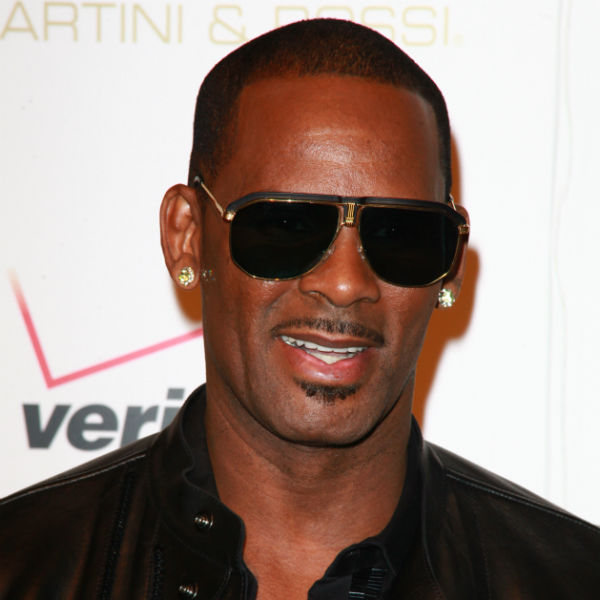 R Kelly once again denies he hired an imposter to perform