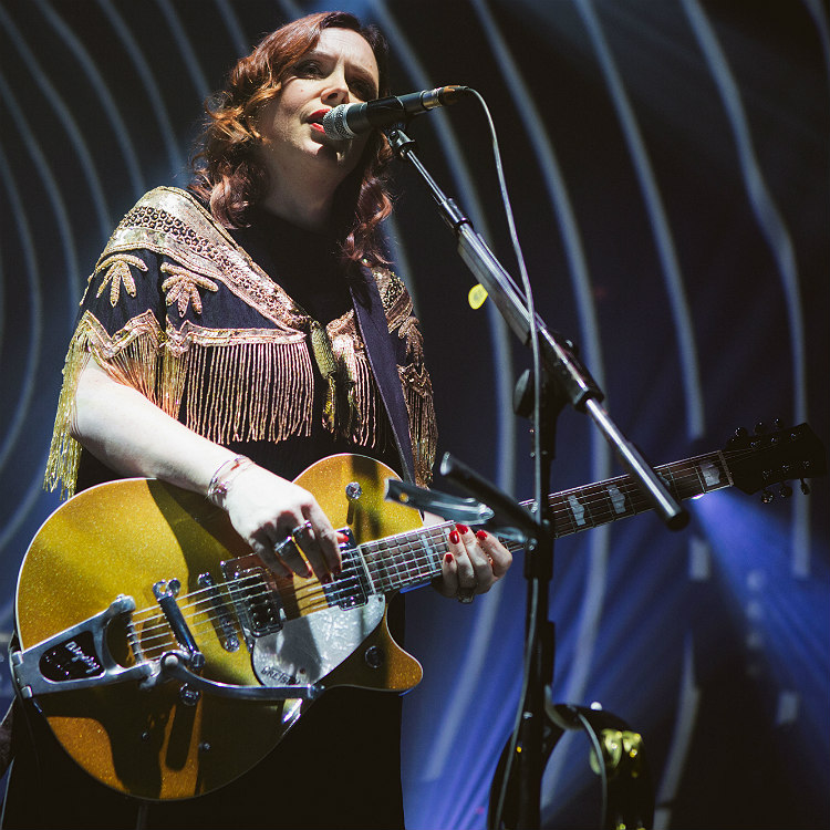 SLowdive roundhouse london review when the sun hits