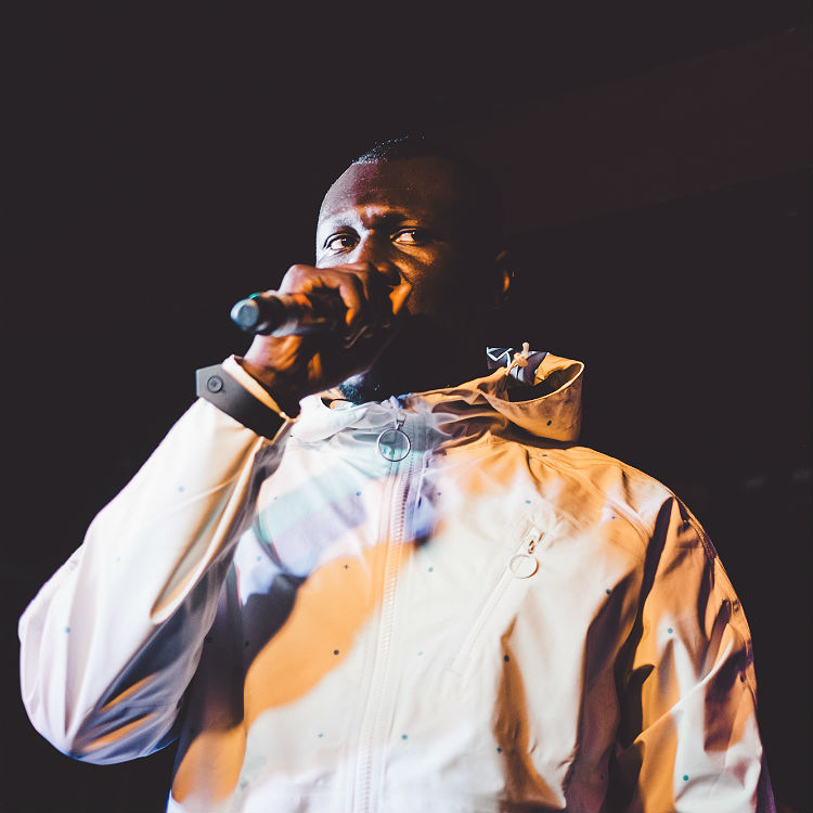 Police invade Stormzy's home because they think he�s a burglar
