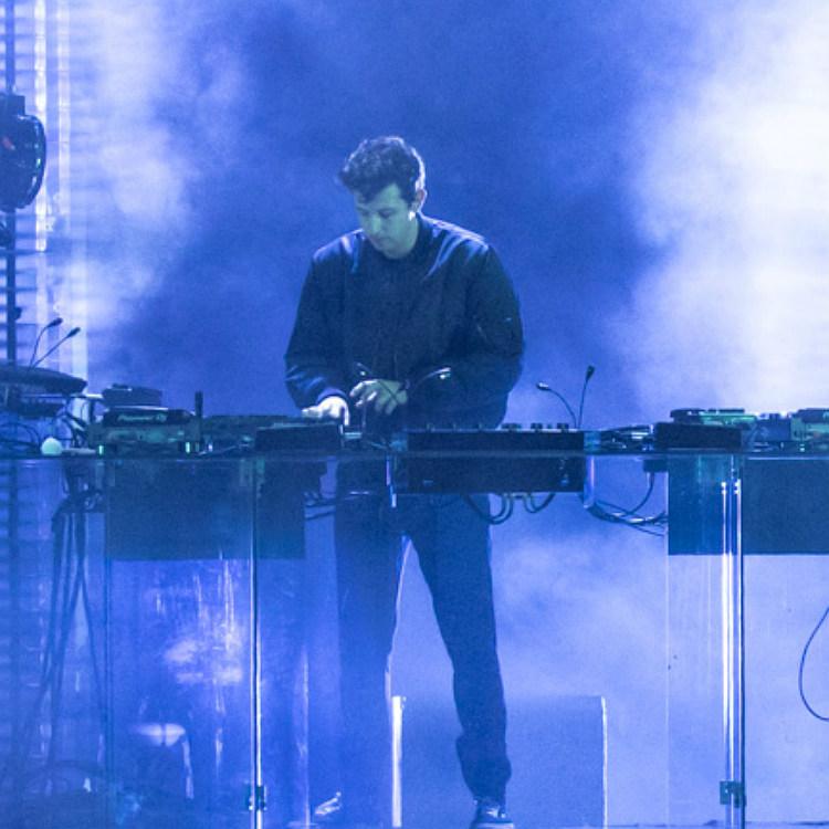 Jamie xx On Hold new song remix Annie Mac