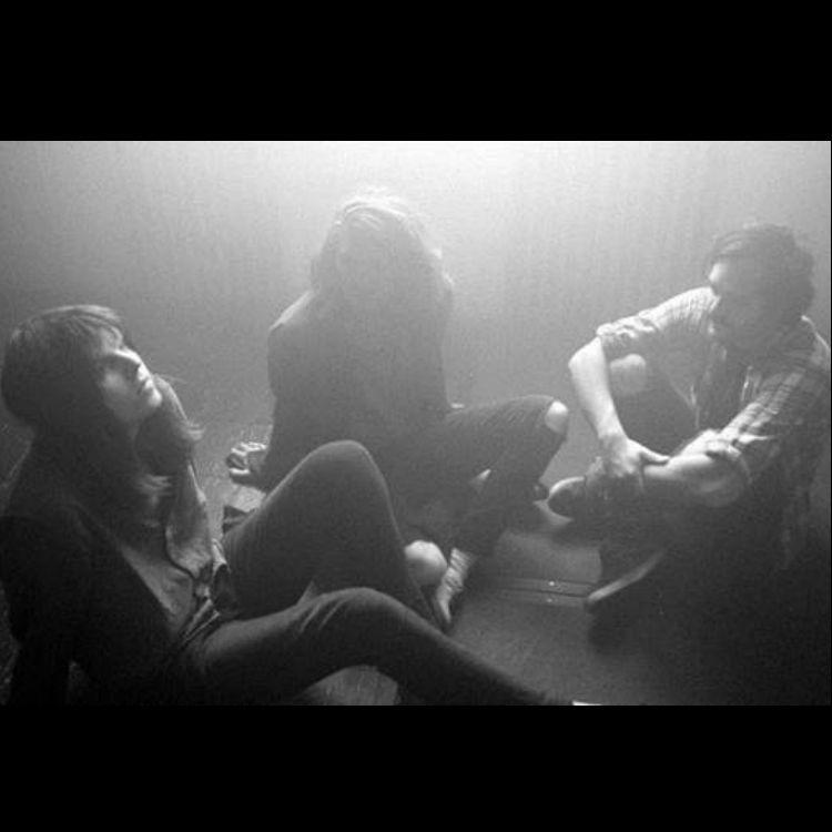 Tigercub premiere Omen Abstract IFgures In The Dark Debut Album