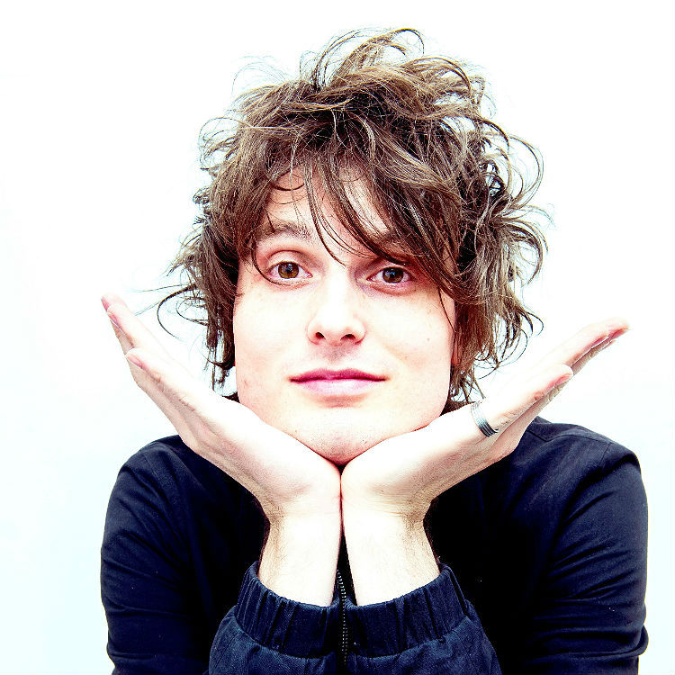 Watch the videos to Beautiful Pain and Saving My Life in A&E by Trampolene - Double Premiere