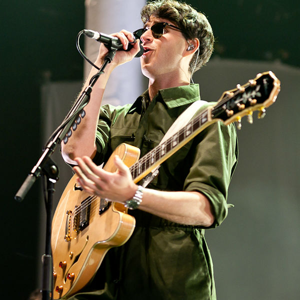 11 exclusive photos of Vampire Weekend at London's O2 Arena