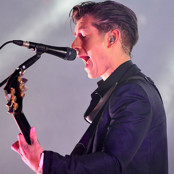 Arctic Monkeys & Paul McCartney to perform on Jools Holland tonight