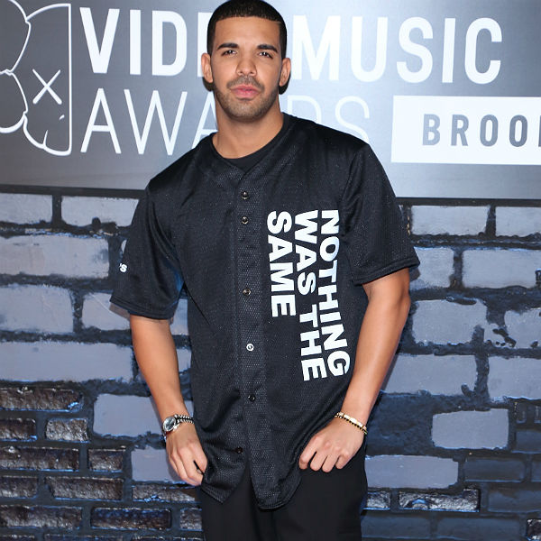 Drake reveals Twitter abuse from '13yr old jerking off to Grand Theft Auto'