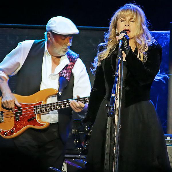 Could Fleetwood Mac headline Glastonbury?