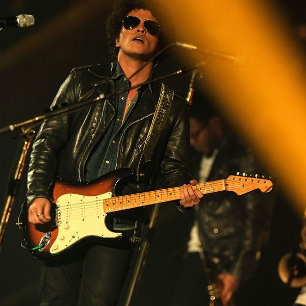 World gives mixed reactions to Bruno Mars performing at Super Bowl