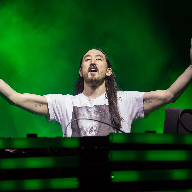 Steve Aoki interview on Skrillex Linkin Park Neon Future