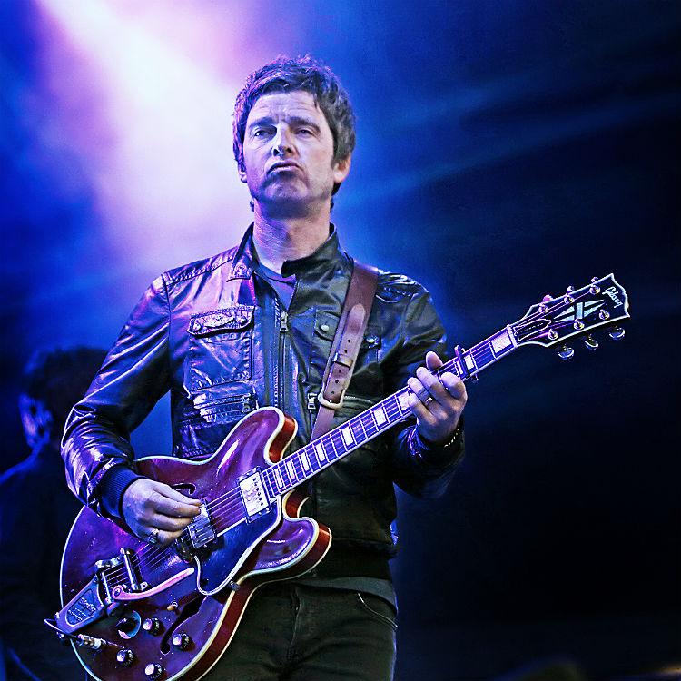 Noel Gallagher Johnny Marr Storm Castlefield Bowl Gigwise