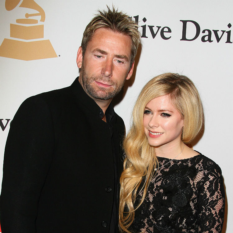 Avril lavigne is the only defender of nickelback on earth in twitter avril lavigne is the only defender of nickelback on earth in twitter rant gigwise m4hsunfo