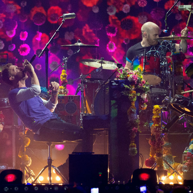Coldplay - Reef, Lianna La Havas, and Alessia Cara as tour support