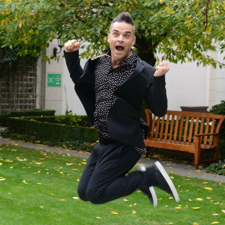 Robbie Williams would love to headline Glastonbury