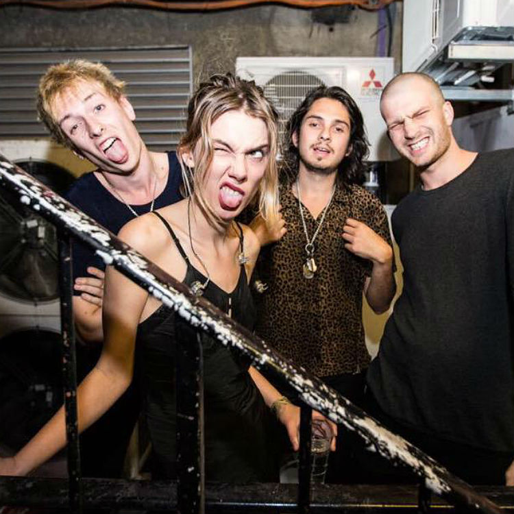 Mercury nominated Wolf Alice release their new video Freezy