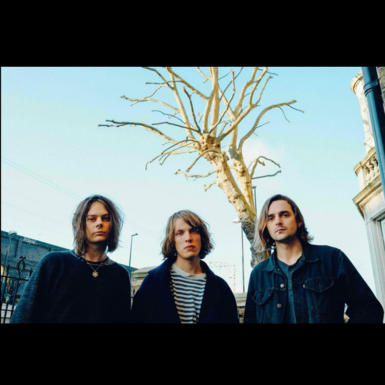 New band Yak Pulp Steve Mackey produced singles Alas Salvation