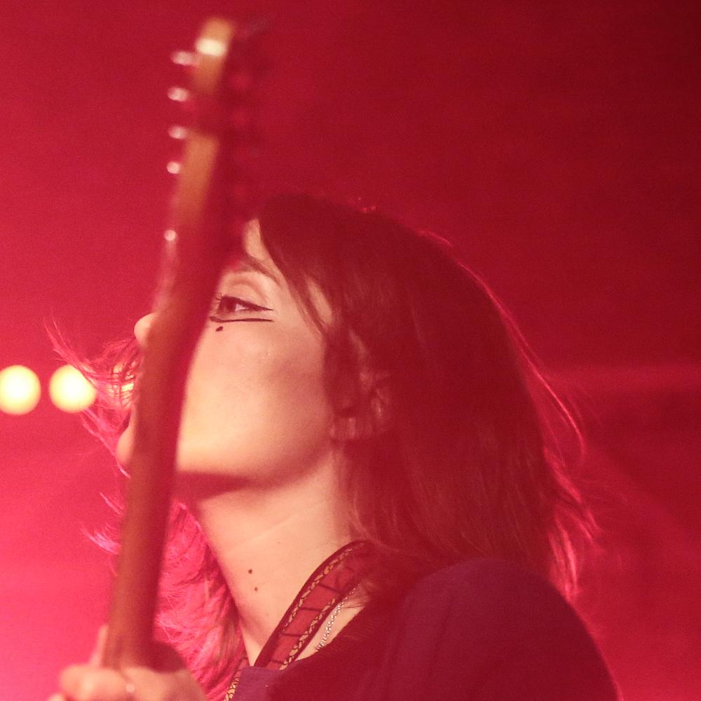 Cate Lo Bon live gig photos, Crab Days, setlist